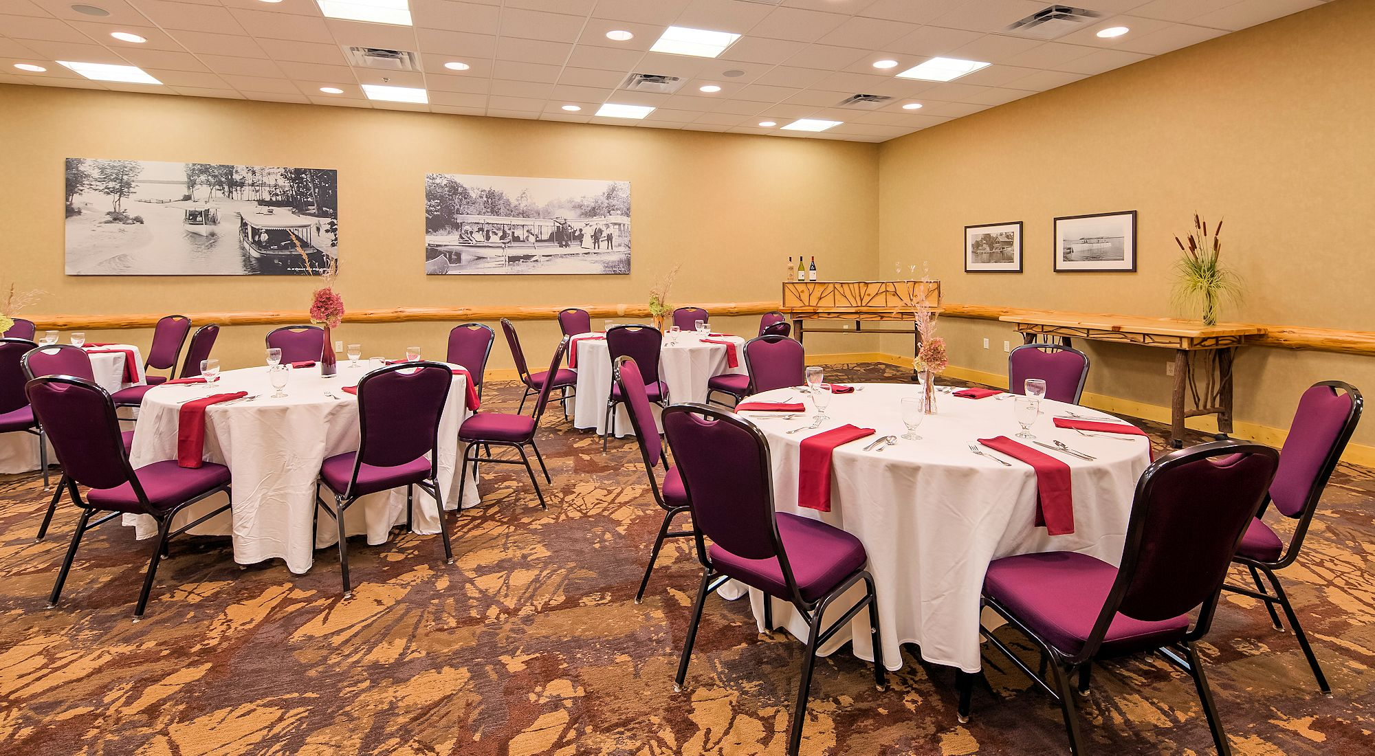 Detroit Lakes Meeting & Banquet Space - The Lodge on Lake Detroit